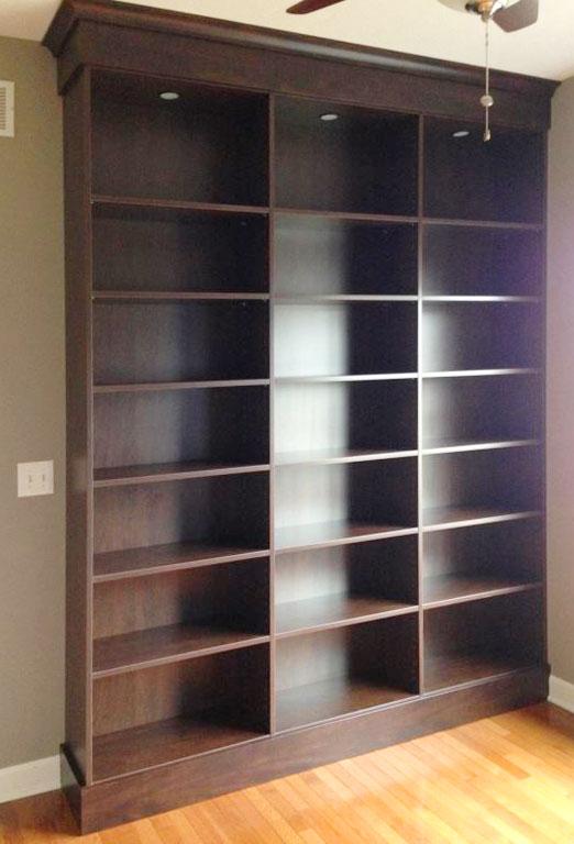 TownClose8-Bookcase